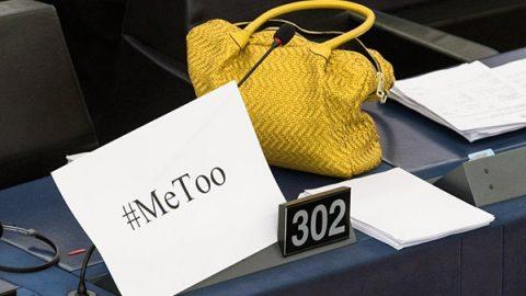 La protesta #MeToo arriva al Parlamento Ue