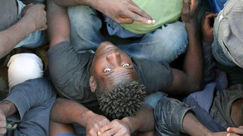 """Il Consiglio d'Europa chiede chiarimenti a Roma """"Spieghi l'accordo sui migranti con la Libia"""""""