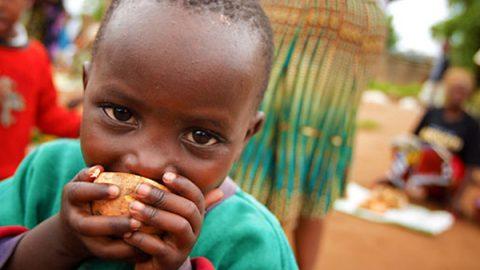 Al G7 della Salute di Milano si parla di fame: la soffrono 52 milioni di bambini