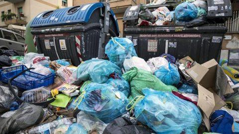 """I rifiuti della Capitale andranno ad Aprilia. Raggi: """"L'emergenza è stata solo colpa della Regione"""""""
