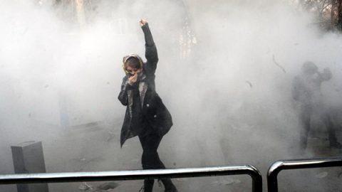 Altri 12 morti in Iran dopo l'appello di Rohani