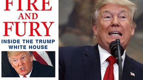 """Pubblicato il libro scandalo, Trump: """"Tutto falso"""". Wolff: """"Il suo entourage alla Casa Bianca pensa sia un idiota"""""""