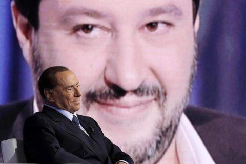 """Silvio mette la Lega nel mirino: """"Votate soltanto Forza Italia"""". Preoccupa la crescita di Salvini"""