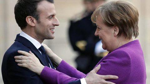 """Macron a Merkel: """"Entro giugno la nuova road map per rifondare l'Unione europea"""""""