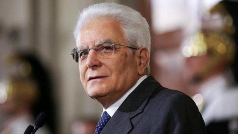 """Mattarella: """"Impariamo dalle donne, il Paese ha bisogno di senso di responsabilità"""""""