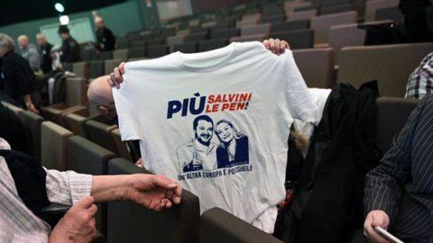 """Commissione Ue: """"Un governo prima possibile"""" Elezioni, festeggia la destra populista e xenofoba"""