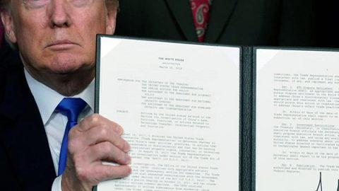 Nuovo affondo di Trump contro la Cina: tariffe e sanzioni per 60 miliardi