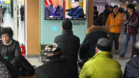 """Kim scrive a Trump: """"Incontriamoci"""". E lui accetta. Lo storico vertice è previsto entro maggio"""