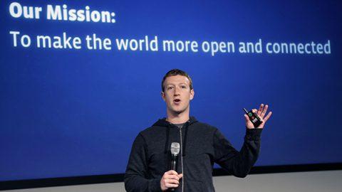 Scandalo sull'uso illecito dei dati, Zuckerberg convocato da Londra e dal Parlamento Ue