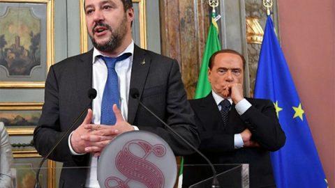 """Berlusconi: """"M5s pericolo per Italia. Ok ad accordo con Pd"""", Salvini: """"E' un errore"""""""
