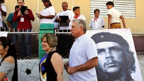 Cuba, finisce l'era dei Castro: Miguel Diaz-Canel è il nuovo presidente
