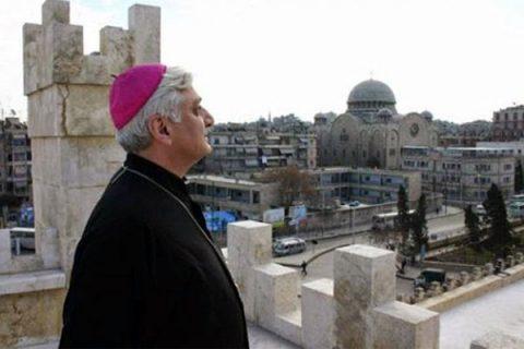 """Siria, Vescovo di Aleppo: """"Trump alimenta guerra per vendere armi e compiacere i sauditi"""""""