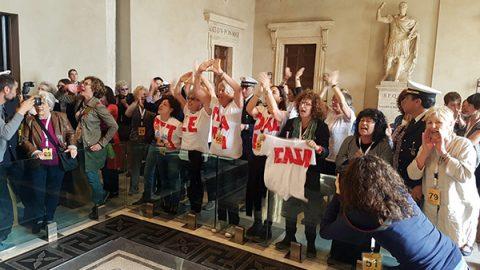 Roma, M5S vuole chiudere la Casa Internazionale delle Donne: bagarre in aula