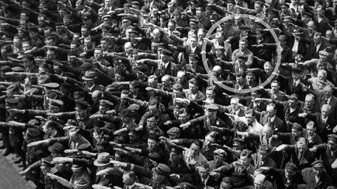 L'uomo che sfidò Hitler: la vita di August Landmesser