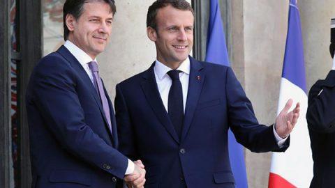 """Migranti, Conte: """"Chiarito con Macron, ora intesa perfetta. Bilaterale in autunno"""""""