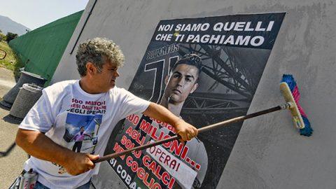 """Sciopero operai Fca Melfi: """"Ronaldo in un anno guadagna quanto i nostri 1.640 esuberi"""""""