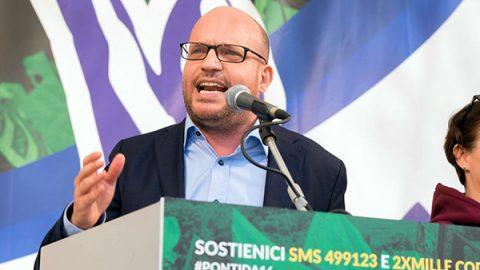 """Fontana: """"Abroghiamo legge Mancino"""", Conte e Di Maio lo stoppano: """"Resta com'è"""""""
