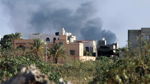 Sarraj sotto assedio. I ribelli puntano al centro di Tripoli