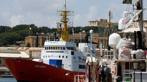 Il Portogallo annuncia un accordo con Francia e Spagna per accogliere 10 migranti dell'Aquarius