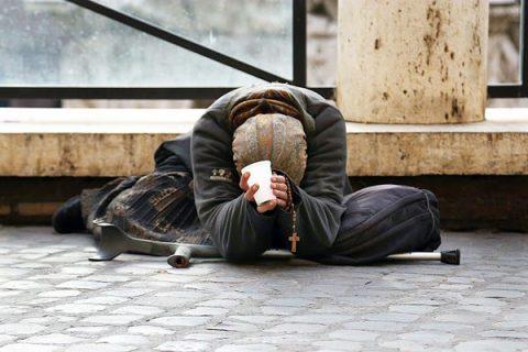 """Caritas:""""Da prima della crisi il numero dei poveri è aumentato del 182%"""""""