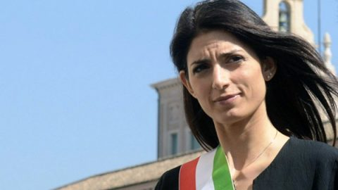 """Processo nomine a Roma, Raggi assolta """"perché il fatto non costituisce reato"""""""