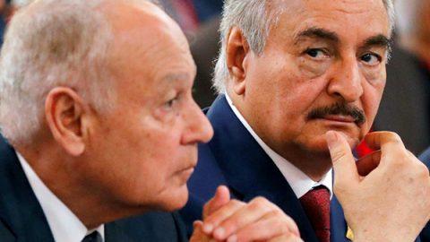 Libia, il capo dell'Intelligence vola a Mosca e strappa il sì di Haftar