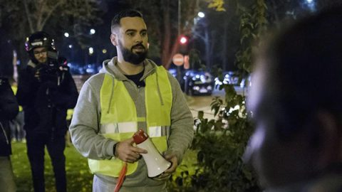 Gilet gialli, fermato a Parigi il portavoce Eric Drouet
