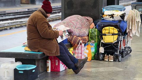 """Istat: """"28,9% persone a rischio povertà o esclusione sociale"""". Ma dati migliorano dal 2016"""