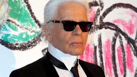È morto Karl Lagerfeld, leggendario stilista di Fendi e Chanel