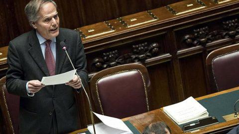 Crisi in Venezuela, l'Italia dice sì a nuove elezioni