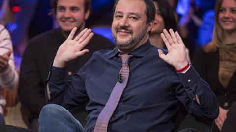 Caso Diciotti, il popolo Cinquestelle grazia Salvini: no al processo