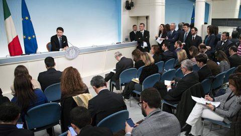 """Tav, Conte: """"Non serve all'Italia"""". Ma chiede il confronto con Francia e Ue"""