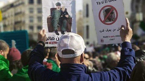 """In Algeria nuovo venerdì di mobilitazione di massa contro il """"Sistema"""""""