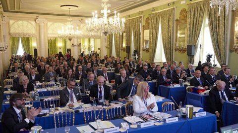 Workshop Ambrosetti, le élite di Cernobbio bocciano il governo