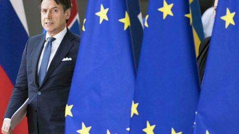 L'Ue invia la lettera sul debito all'Italia: 48 ore per rispondere. Lo spread sale subito a 283 punti