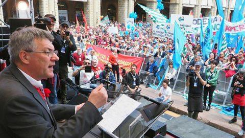"""Primo Maggio, Landini: """"La sicurezza non è armare la gente, ma evitare morti sul lavoro"""""""