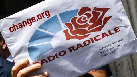 Il governo si spacca su Radio Radicale e Rai. Salta l'intesa tra Lega e Cinque Stelle su Foa