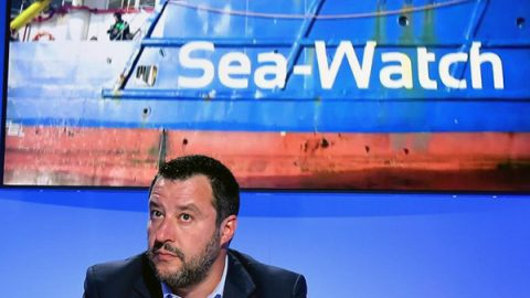 Sea Watch dissequestrata, la nave dell'Ong libera di riprendere il mare