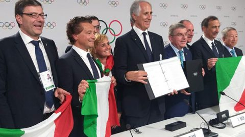 Olimpiadi invernali 2026 a Milano-Cortina. L'Italia batte la Svezia per 47 voti a 34