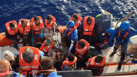 Nuovi sbarchi in Sicilia, fermati altri presunti scafisti