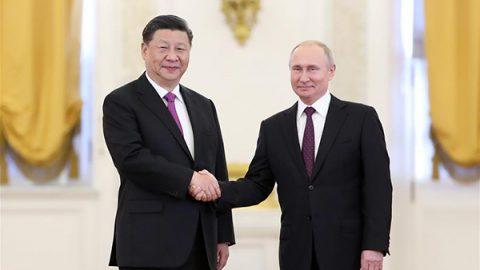 La Cina e la Russia accettano di migliorare le loro relazioni per una nuova era