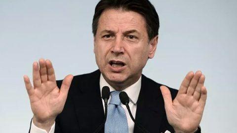 """Palazzo Chigi precisa: """"L'invito di Savoini sollecitato dal consigliere di Salvini"""""""