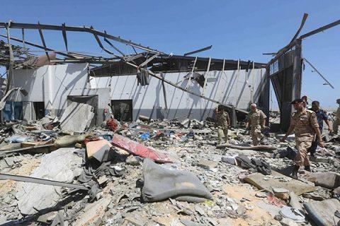 La Libia potrebbe chiudere i centri di detenzione dei migranti dopo il micidiale attacco aereo