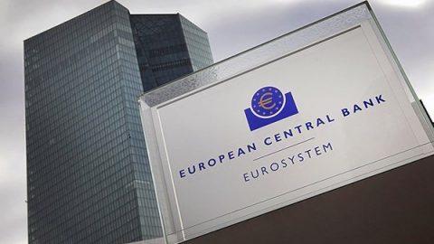Bce, Draghi riattiva il Qe: acquisti per 20 miliardi al mese da novembre