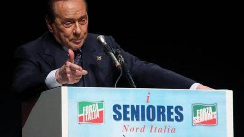 """Berlusconi: """"Lega e fascisti non vincono senza Forza Italia"""""""