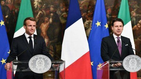 """Macron rassicura Conte: """"Più vicino l'accordo per distribuire i migranti"""""""