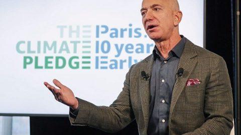 Amazon si veste di verde: vuole anticipare gli obiettivi dell'Accordo di Parigi di 10 anni