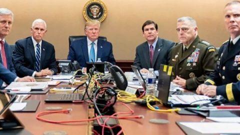 """Trump: """"Al-Baghdadi è morto. Si è fatto esplodere in un tunnel uccidendo i suoi tre figli"""""""