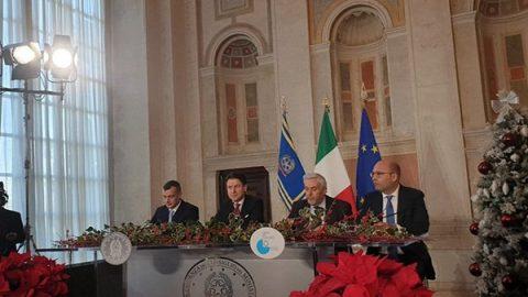 """Conte, conferenza fine anno: """"Lucia Azzolina ministra della Scuola, Gaetano Manfredi ministro dell'Università"""""""