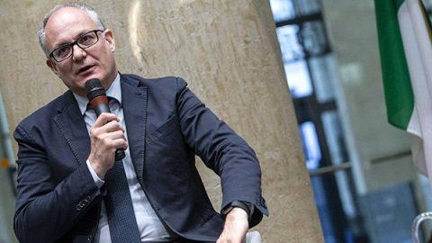 """Mes, Gualtieri: """"Rinvio positivo, accolte richieste dell'Italia. Il governo non rischia"""""""
